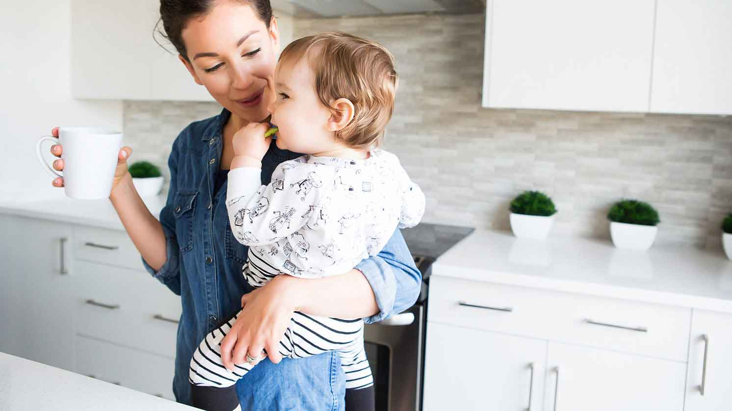 4 Ways to Become a Happier Mom