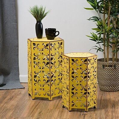 Utica Antique Style Yellow Accent Side Table (Set of 2)