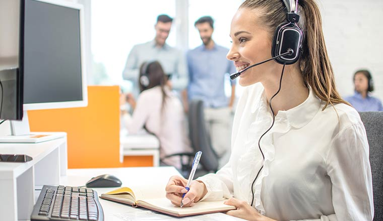 A photo of a call centre QA analyst