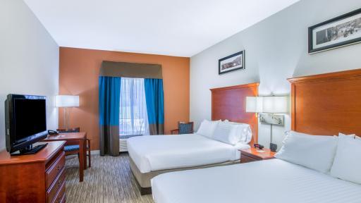 Holiday Inn Express Brattleboro 2 Beds