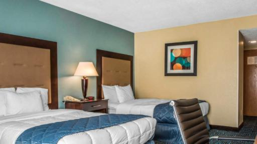 Clarion Inn New London - Mystic - 2 beds