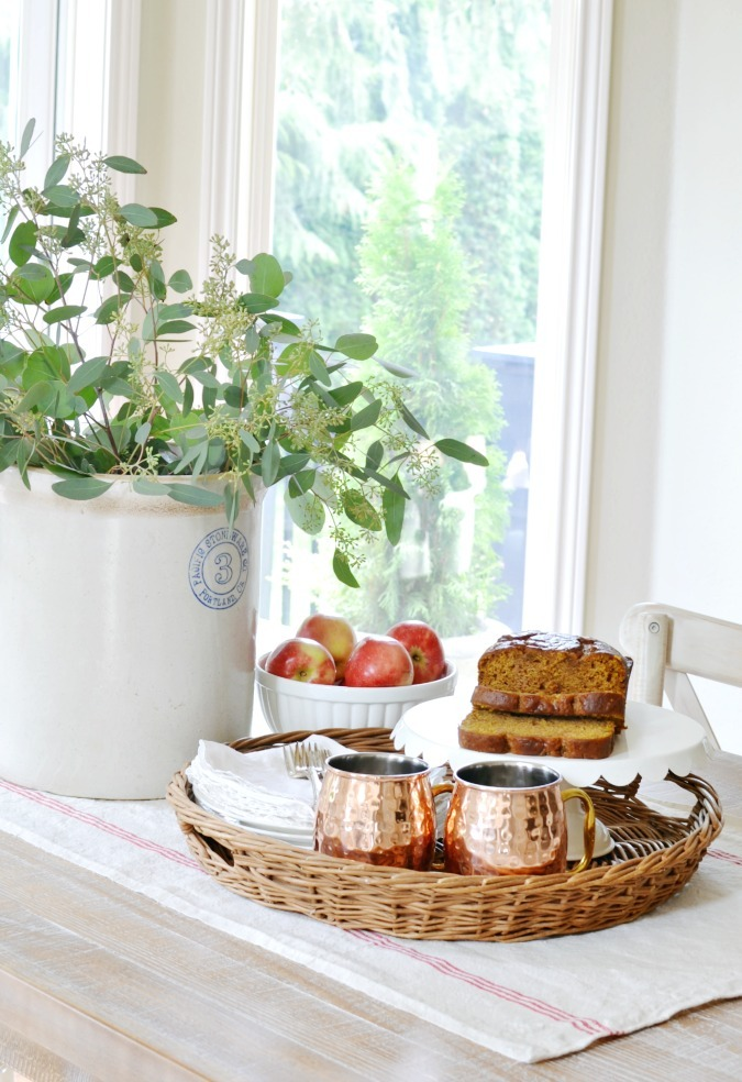 Fall farmhouse kitchen table vignette