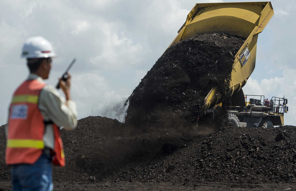 An Adaro coal mine in Tabalong, South Kalimantan. (Antara Photo/Sigid Kurniawan)