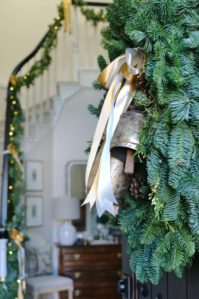 Christmas wreath with bells and entry
