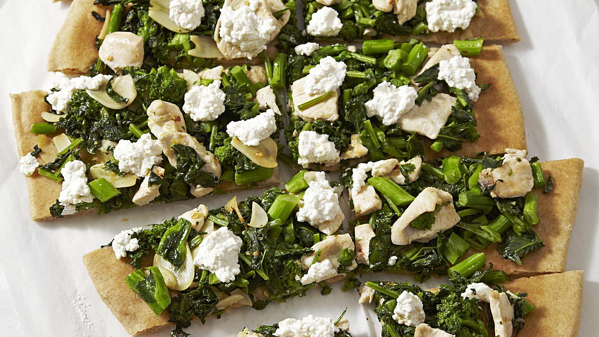 Broccoli rabe and chicken white pizza
