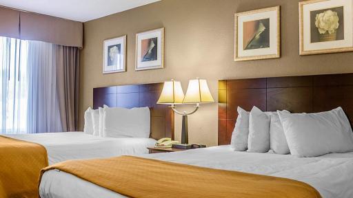 Quality Inn Waterbury 2 beds