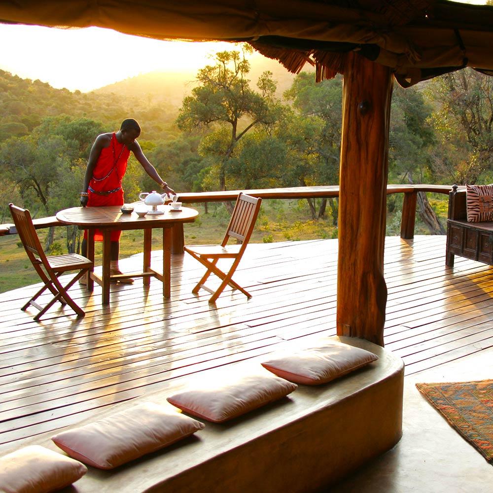 Open-air Breakfast in the Mara
