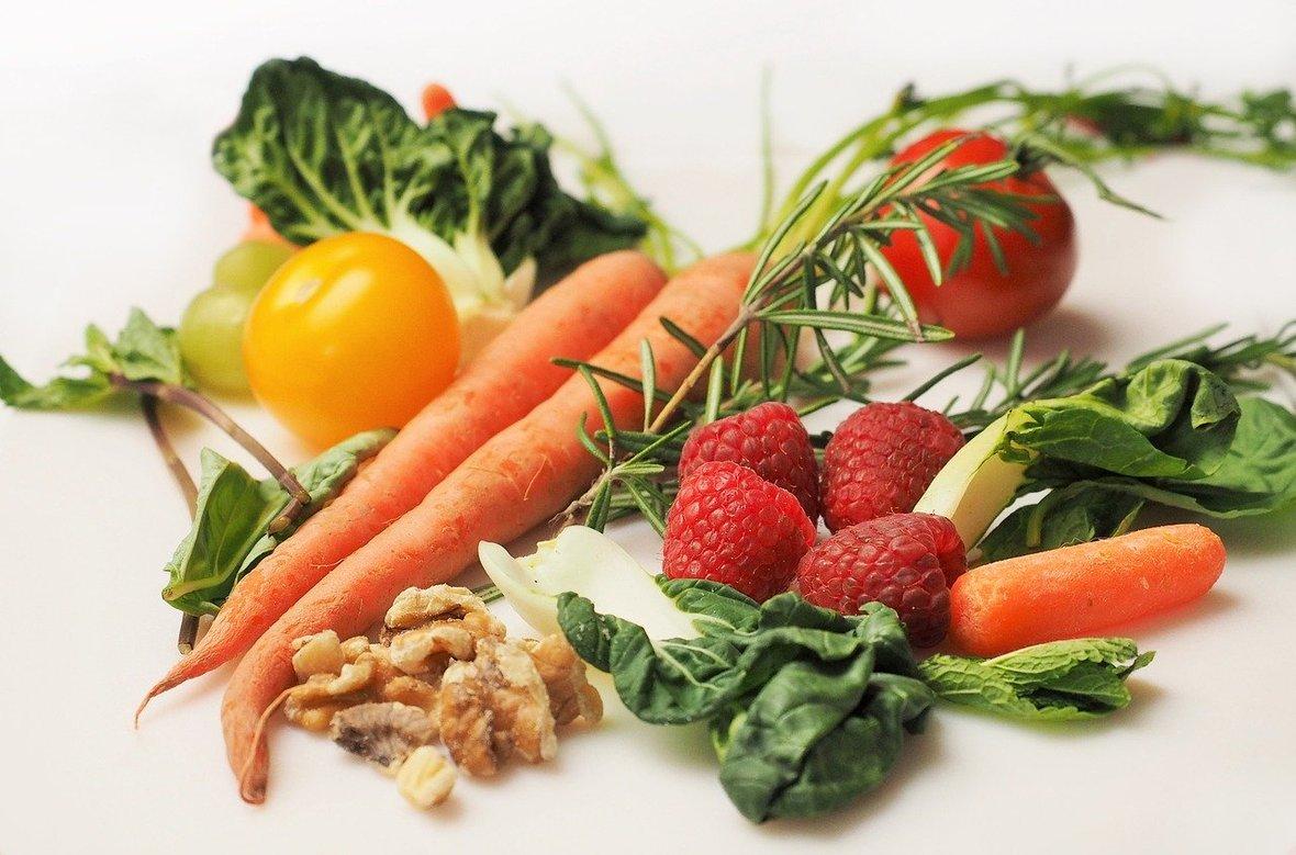 vegetables-1085063 1280