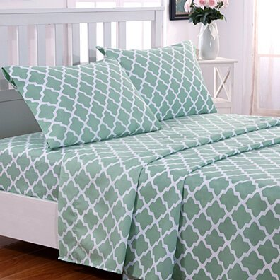Egyptian Luxury 1800 Thread Count Quatrefoil Pattern 4 Piece Bed Sheets set