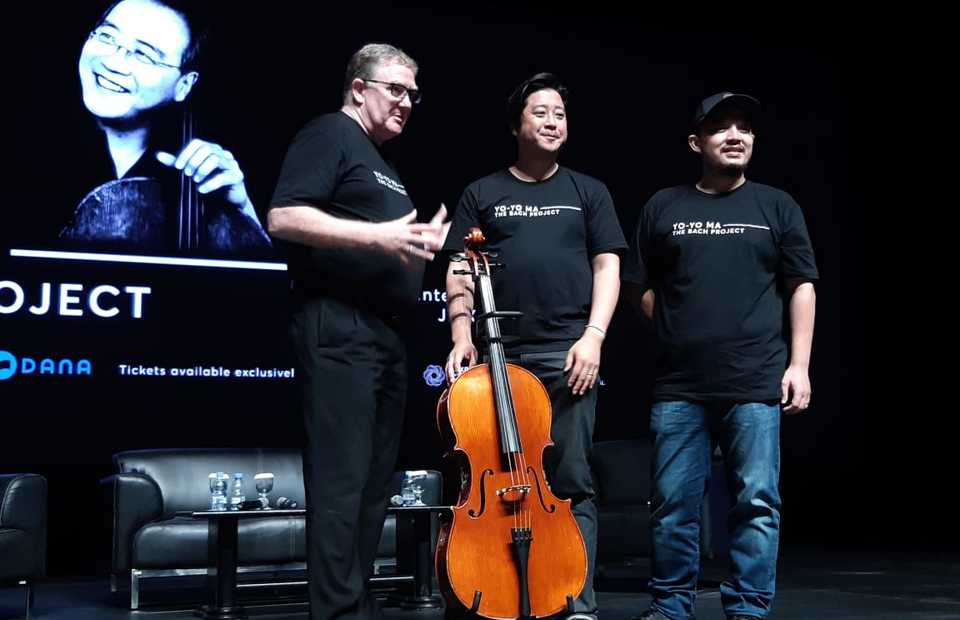 The men behind the Yo-Yo Ma concert, from left, Bernard Grover, general manager of Jakarta International Theater, Prajna Murdaya and Harmoko Aguswan, founding partners of Shoemaker Studios. (JG Photo/Jayanty Nada Shofa)