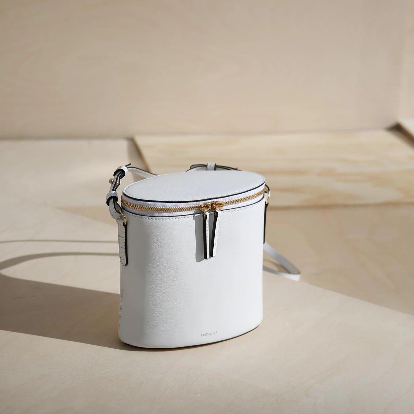 Perla Bucket - White (ONLY 1)