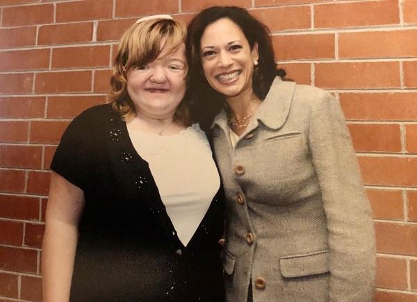 Lili and her aunt, Senator Kamala Harris.