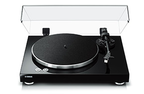 Shop Yamaha TT-S303BL Black Turntable
