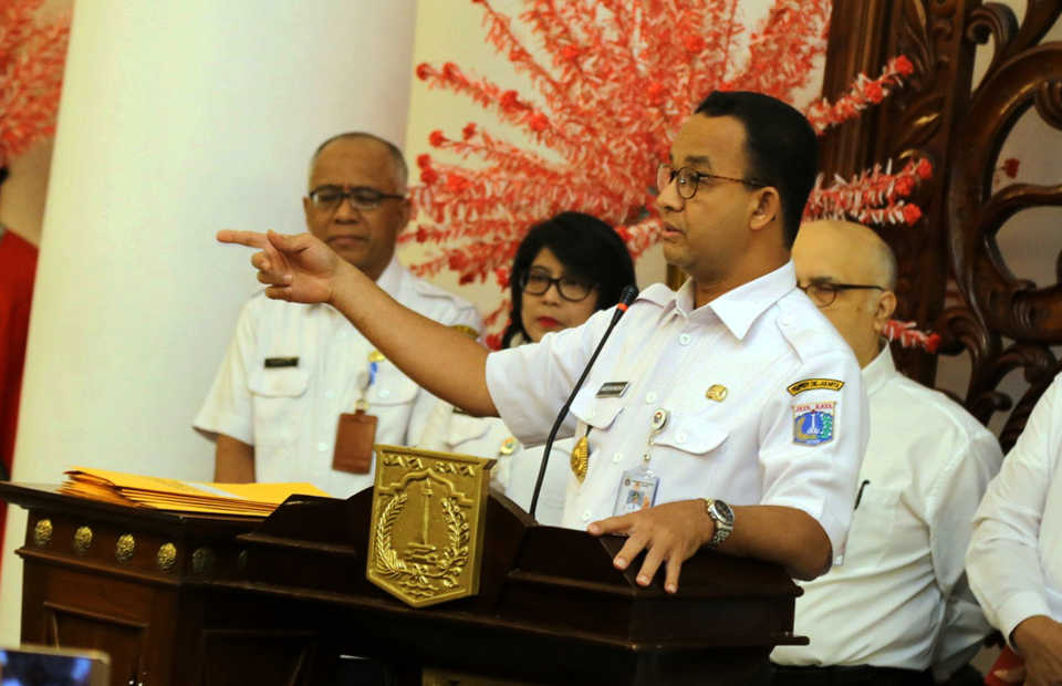 Jakarta Governor Anies Baswedan speaks to the press at City Hall. (Antara Photo/Dadang Kusuma W.S.)