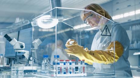 Image: First International Standard for biorisk management
