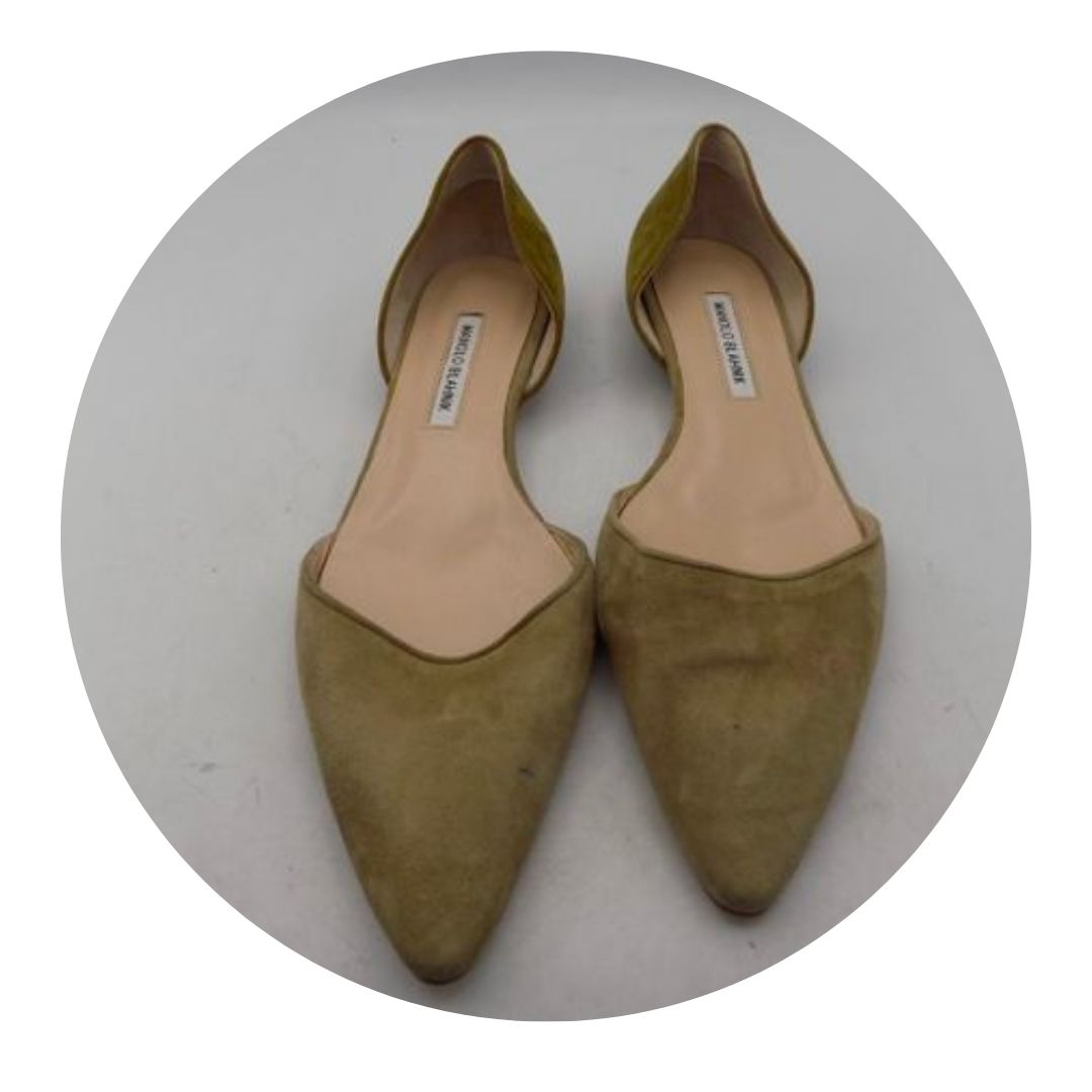Manolo Blahink Nude Flat Shoes