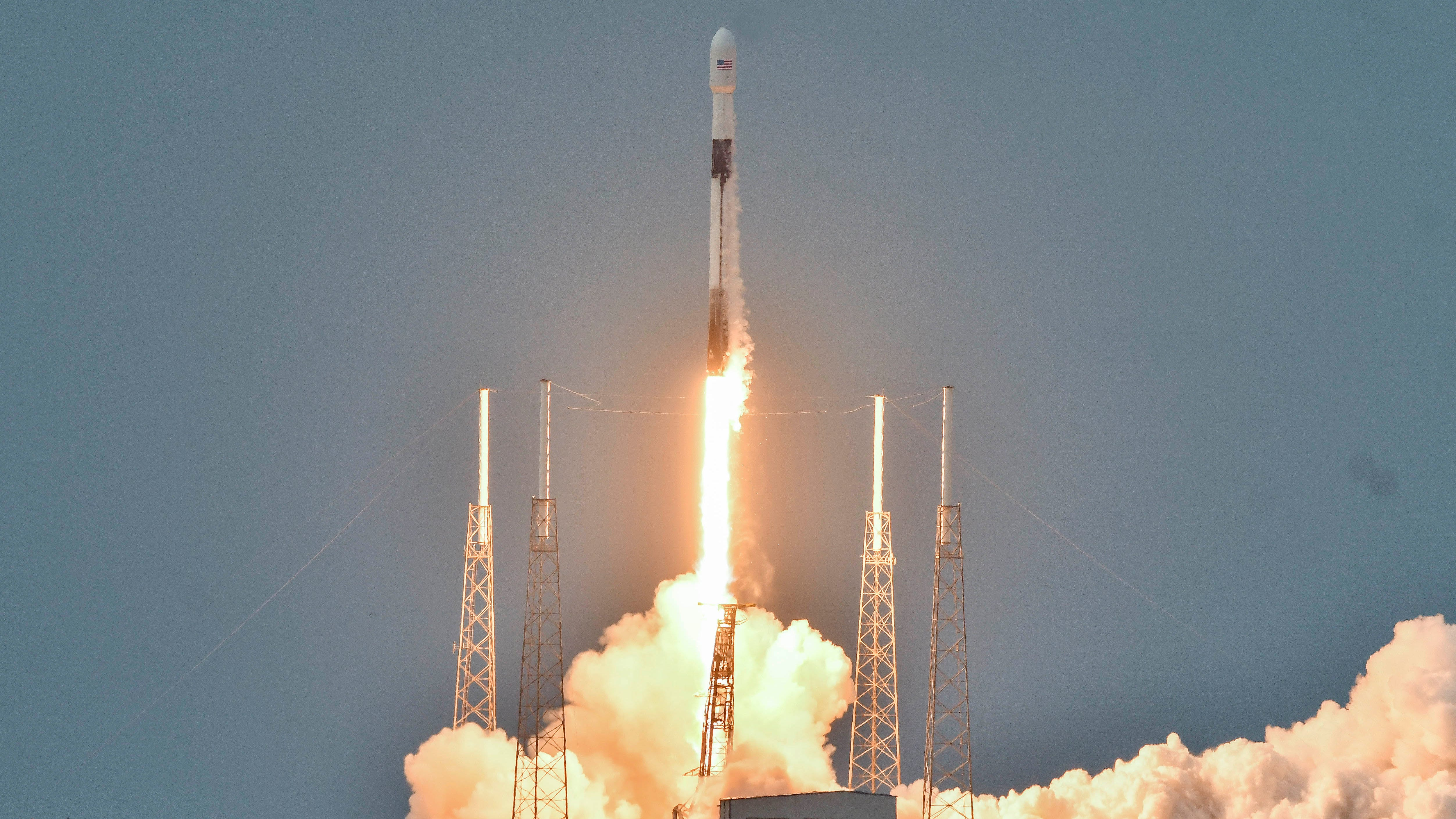A SpaceX Falcon 9 rocket launches from Cape Canave