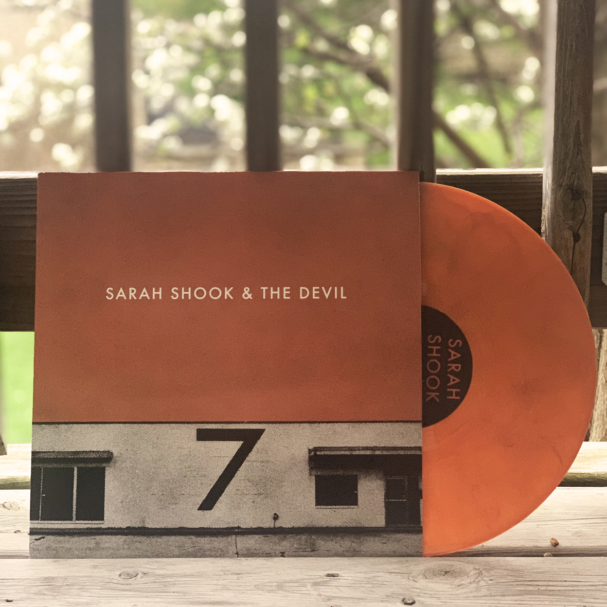 BS 724 vinyl Sq