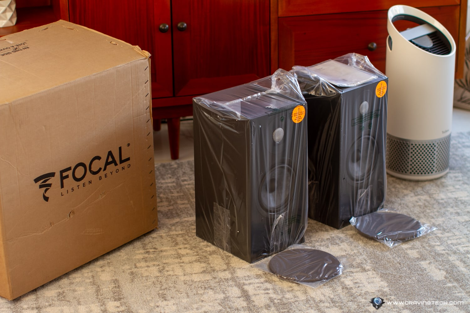 Luxurious and meticulous bookshelf speakers � Focal Chora 806 Speakers Review