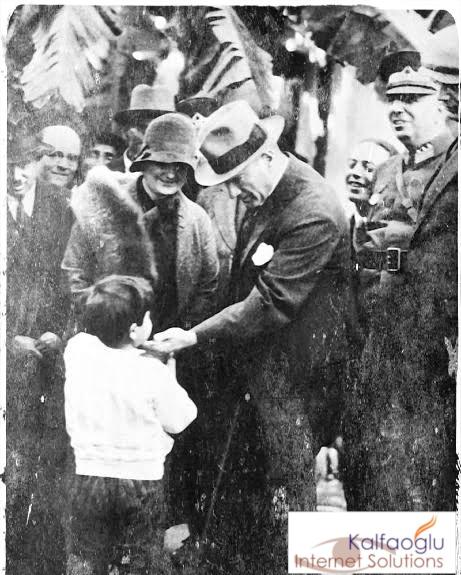 23 Nisan ve Ataturk