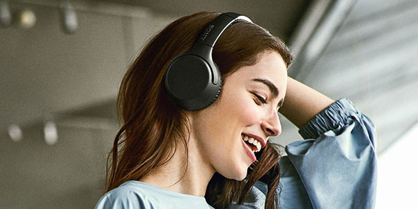 Shop Sony Black Wireless Extra Bass Headphones