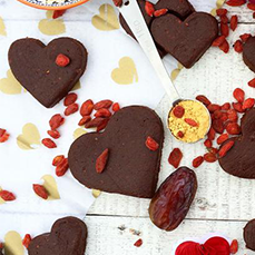 Goji, Rosehip & Cacao Raw Cookie Hearts Recipe
