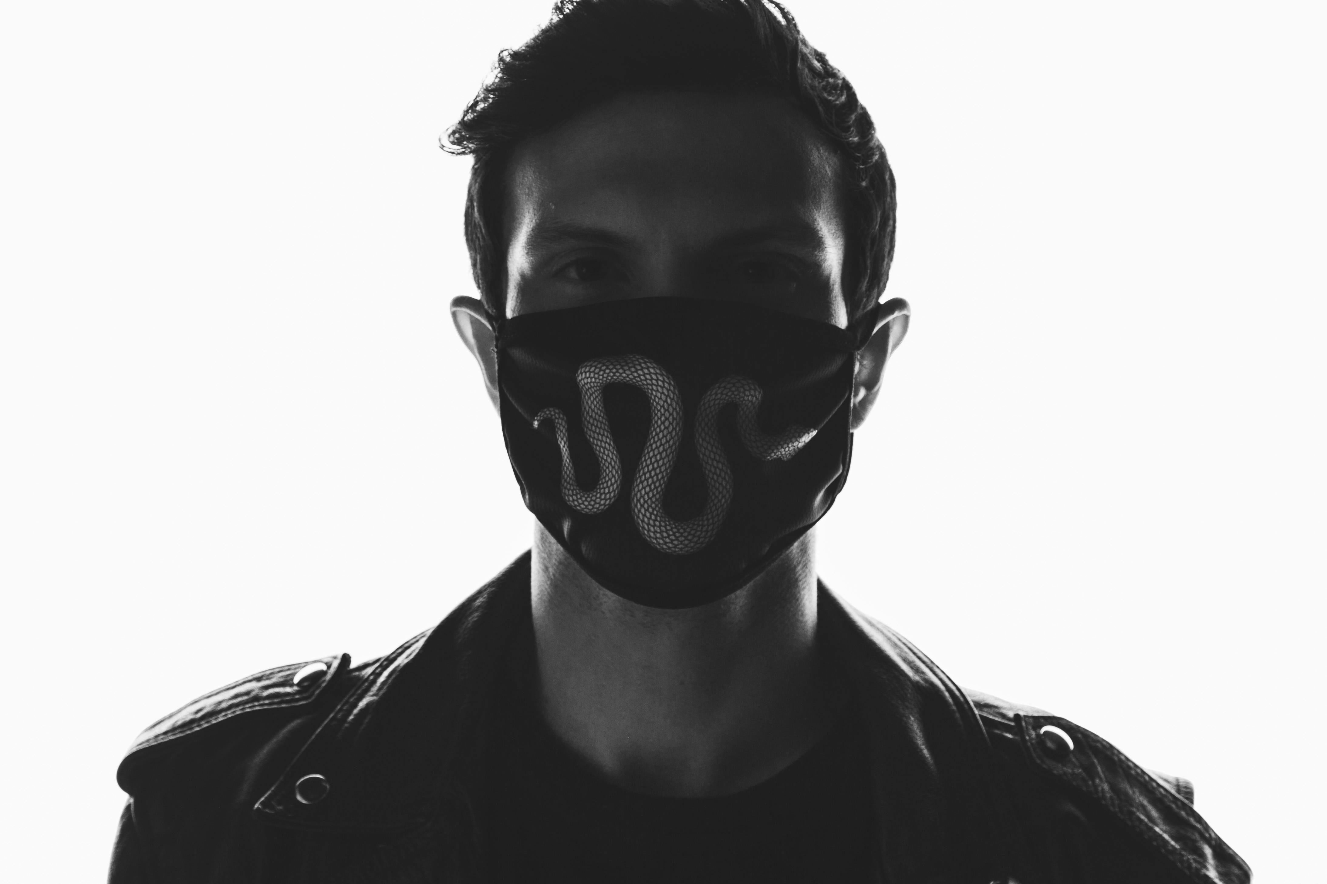 V3NOM Mask
