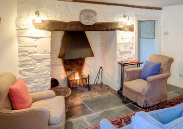 1 Mill House, Coombe, Cornwall, sitting room fireplace