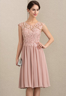 A-Line Scoop Neck Knee-Length Chiffon Lace Mother of the Bride Dress (008164095)