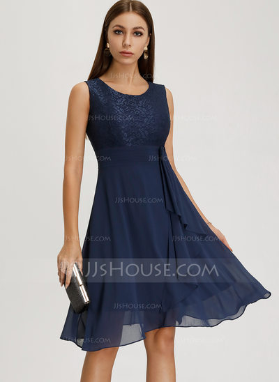 A-Line Scoop Neck Knee-Length Chiffon Cocktail Dress With Ca...