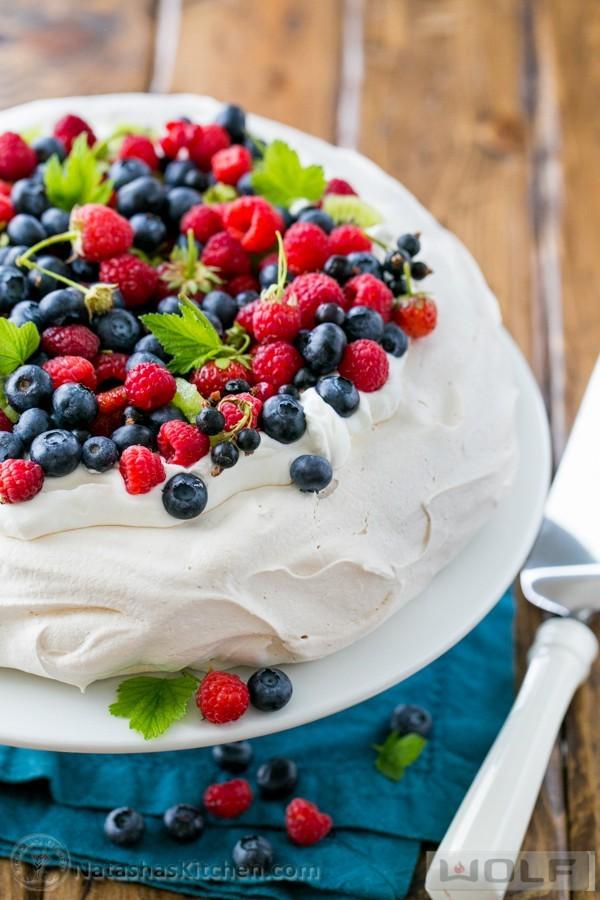 Very-Berry-Pavlova-Recipe-4