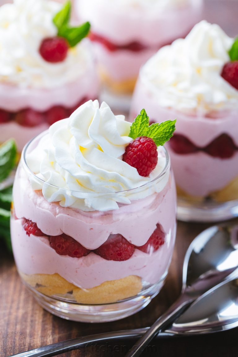 Raspberry-Mousse-Cups-2-768x1152