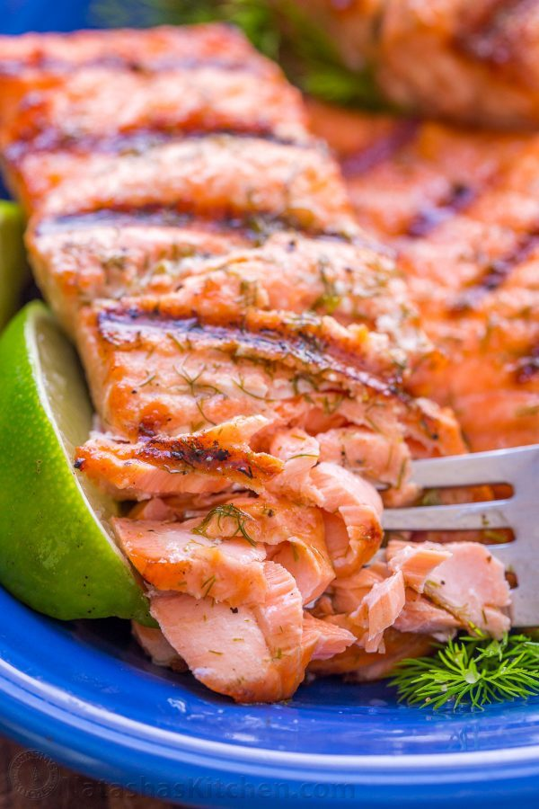 Grilled-Salmon-with-Garlic-Lime-Butter-7-600x900