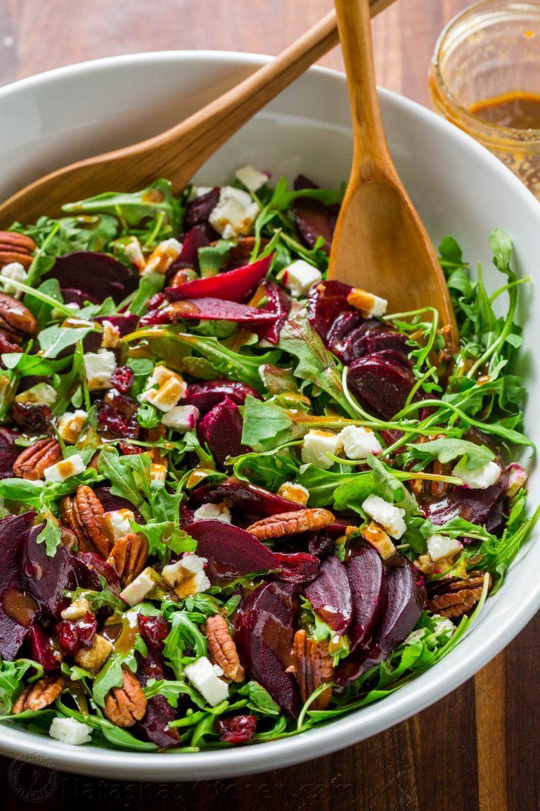 Beet-Salad-with-Arugula-and-Balsamic-Vinaigrette-5-768x1152