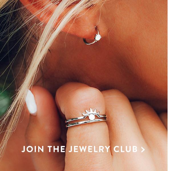 Shop Jewelry Club >