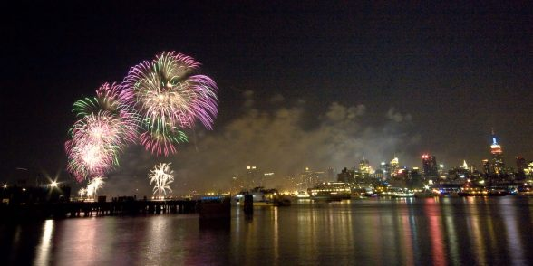 10 Best Fourth of July Boat Party Destinations