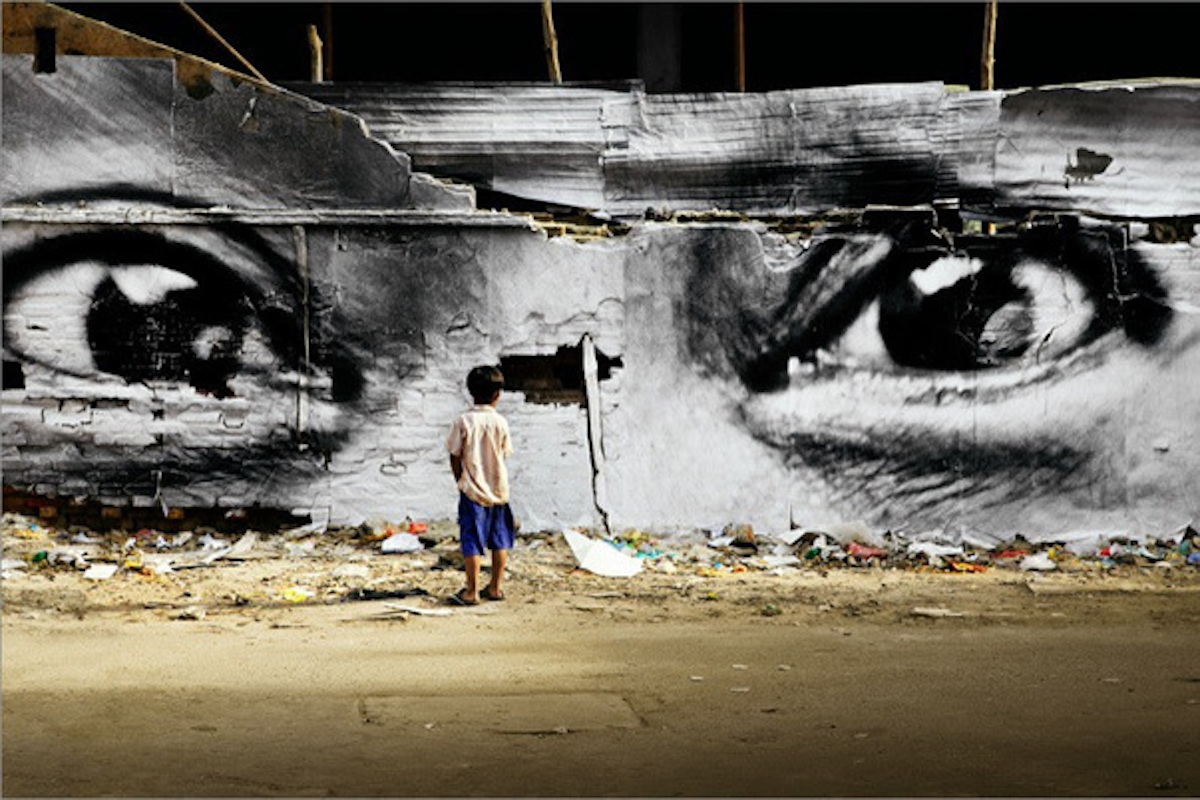 JR, 28 Millimetres, Women are Heroes Action in Phnom Penh, Peng Panh, 2011