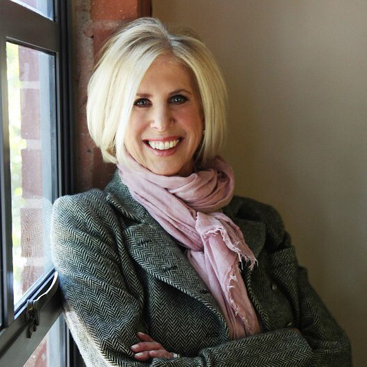 "Oscar Winner Callie Khouri Hits Another High Note Directing Lifetime's ""Patsy & Loretta"""