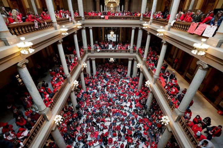 teachers-rally-inside-ap-ps-191119_hpEmbed_3x2_992-750x500.jpg