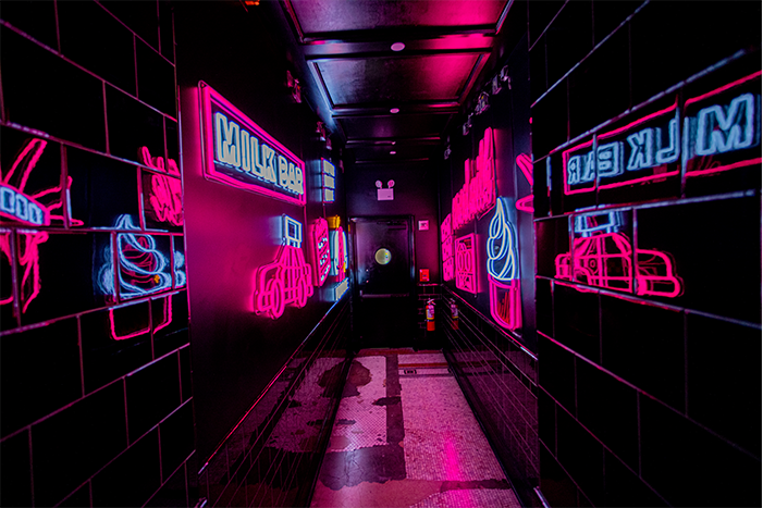 | Neons
