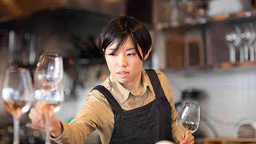 Experts Discuss Career Prospects in Wine